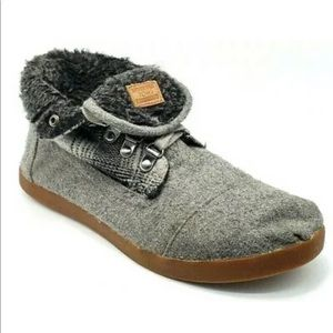 Toms Ankle Boot Fold Sneaker Lace Up Fleece Plaid